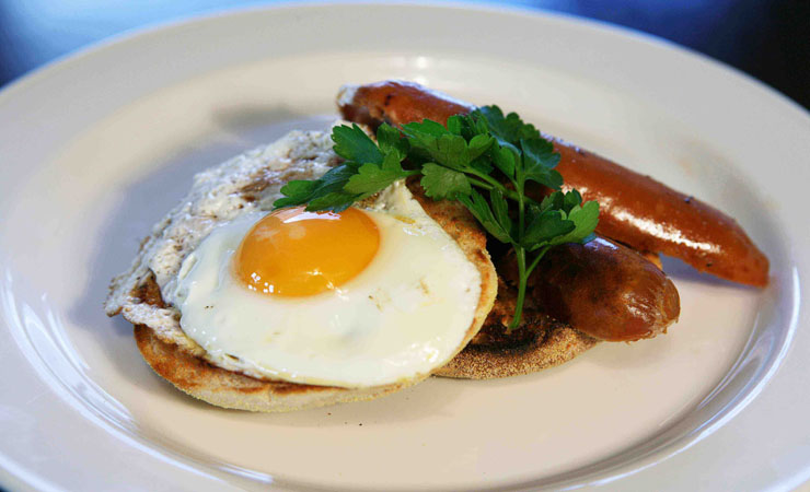 sausages-and-eggs