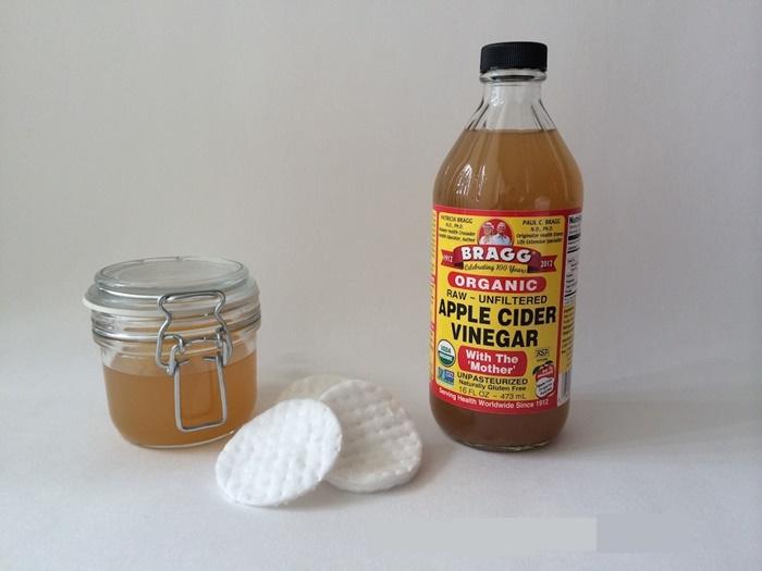 Acts As ANatural Deodorant Apple Cider Vinegar